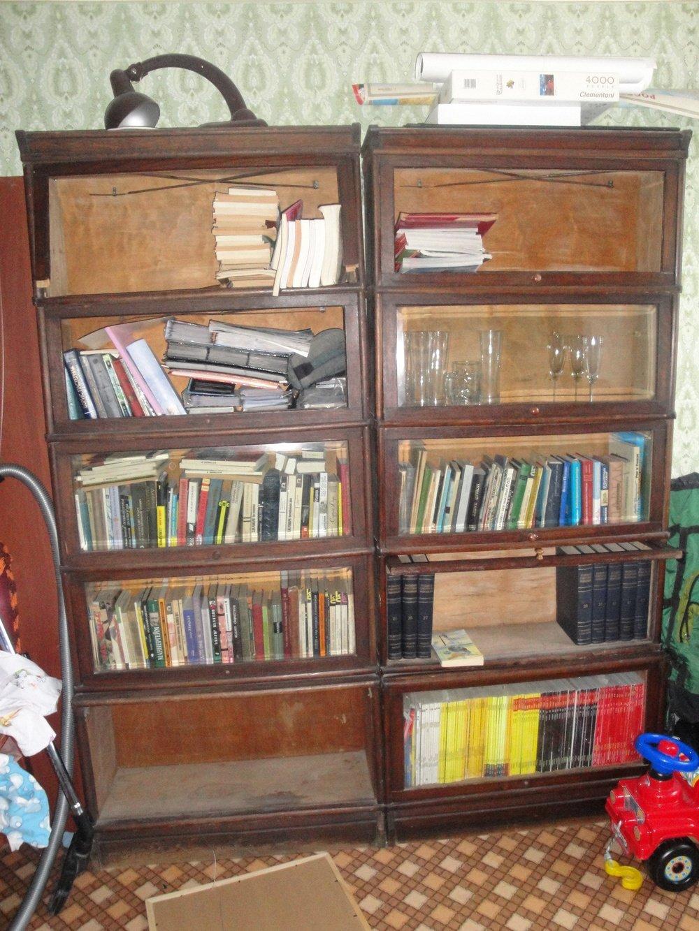 Стильные книжные шкафы, полки и 85